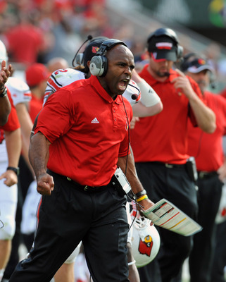 Louisville Cardinals v South Florida Bulls