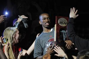 chi-russ-smith-to-return-for-champion-louisvil-001
